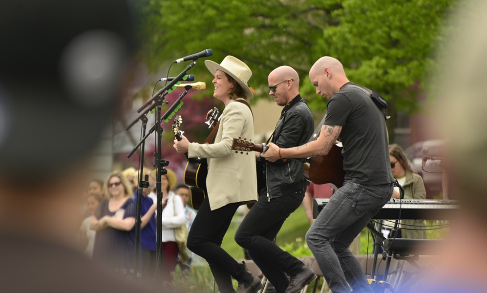 Singer-songwriter Brandi Carlile performing - STEFAN HARD