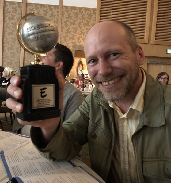 James Kochalka with his Eisner Award - LEIGH WALTON, TOP SHELF PRODUCTIONS