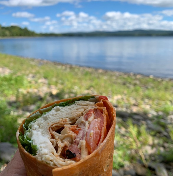 Lunch on the beach at Burton Island State Park - DAN BOLLES ©️ SEVEN DAYS