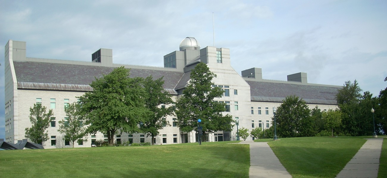 McCardell Bicentennial Hall at Middlebury - WIKIMEDIA COMMONS