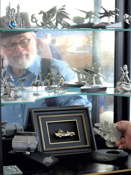 Mark Eliot Schwabe in his studio - MATTHEW THORSEN