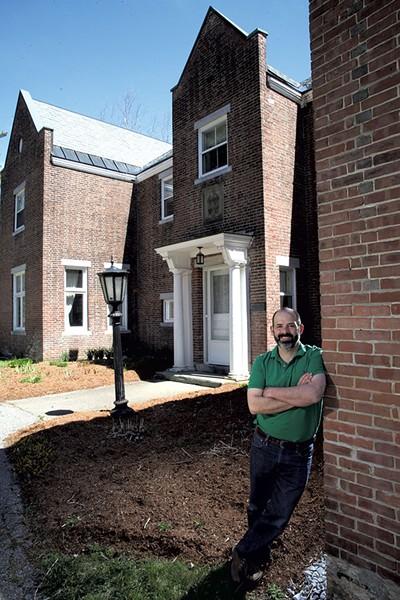 Matt Viens at the Bishop's House in Burlington - MATTHEW THORSEN