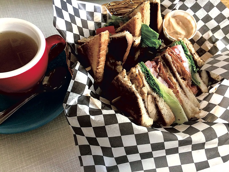 Chipotle club sandwich and a cup of tea at Dépanneur le Pick Up - SUZANNE PODHAIZER