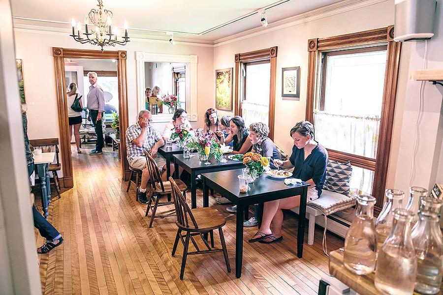 Brunch at Homestyle Hostel - COURTESY OF LINDSAY SELIN