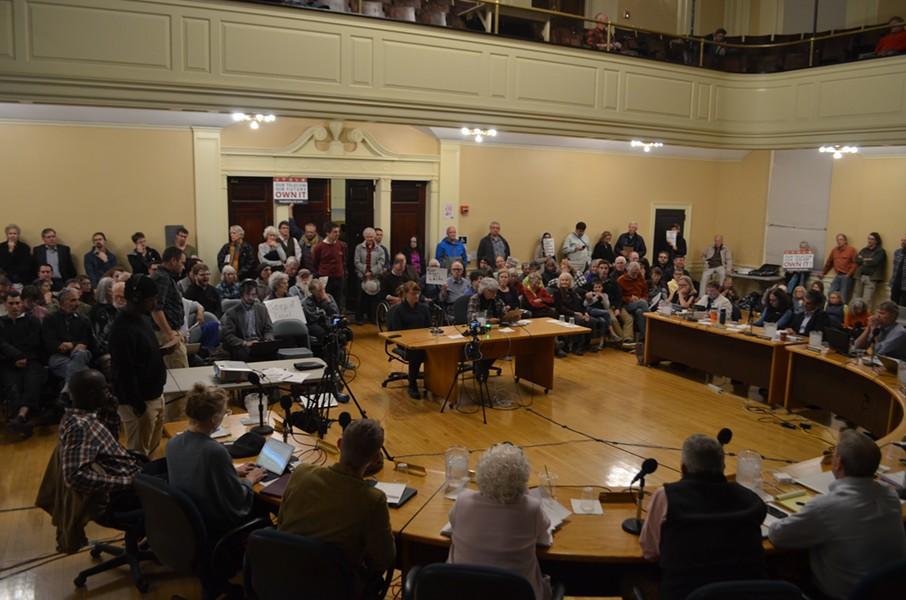 City council hears public comment on Burlington Telecom on Oct. 16. - KATIE JICKLING