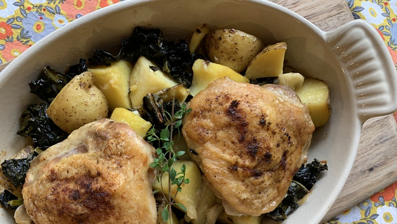 Garlicky chicken, potatoes and kale