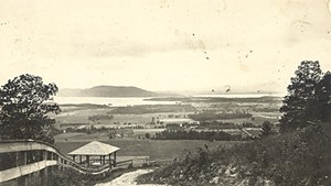 Postcard of Well Spring Shelter on Mount Philo