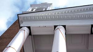 New pillars being installed at Ira Allen Chapel