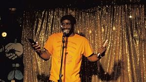 Rajnii Eddins performing during Lit Club at the Light Club Lamp Shop
