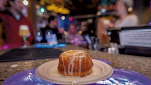 A piña (pineapple) upside-down cake