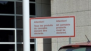Sign at the Canadian border