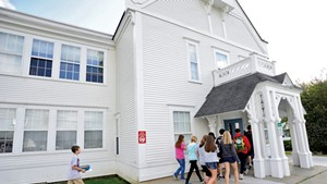 Students arriving at Craftsbury Academy