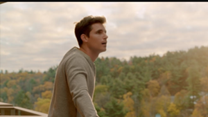 "Nathan (Robbie Amell) discovering his new world in ""Upload"""