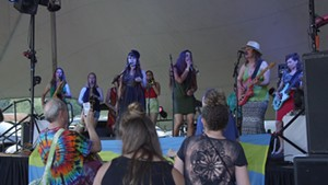 Steady Betty Play the Eat More Kale Fest [SIV449]