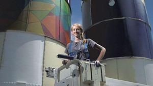 Muralist Mary Lacy Takes Her Paints on Tour