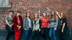 Left to right: Jenna Brower, Caroline Rose, Linda Bassick, Alyssa Solomon, Abbie Morin, Rachel Capobianco and Betsy Rose Besser
