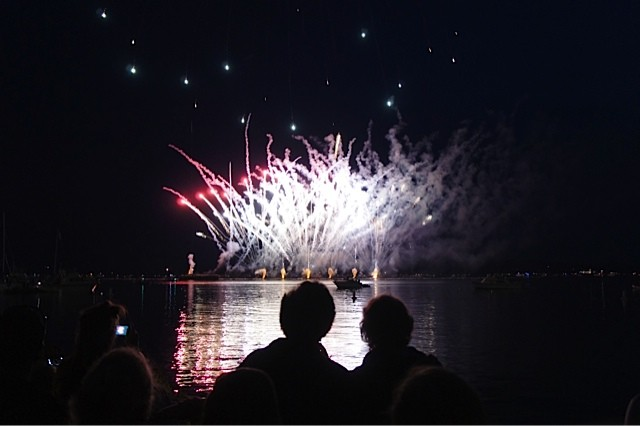 July 3rd fireworks spectacle at Burlington's waterfront - VICTORIA CASSAR