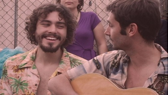 Loggins and Messina (show co-creator Lane Farnham) making sweet music together - CHANNEL101.COM
