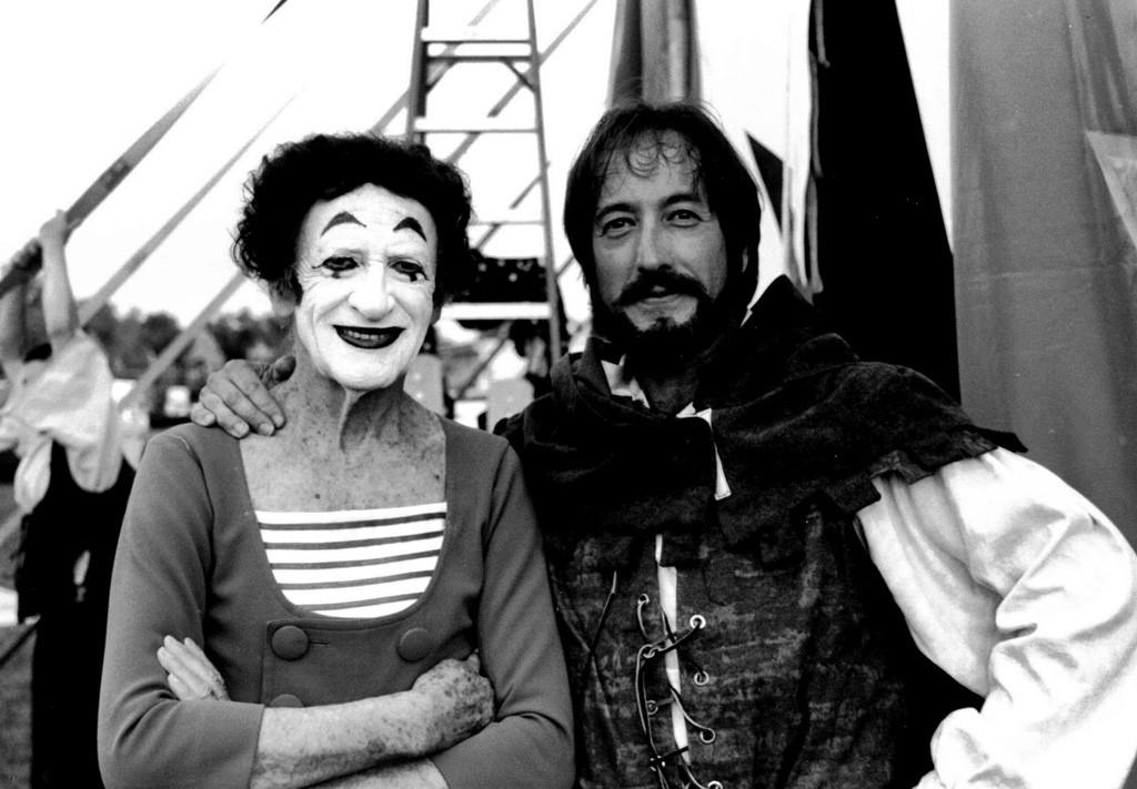 Marcel Marceau (left) and Rob Mermin in 1999 - COURTESY OF ROB MERMIN