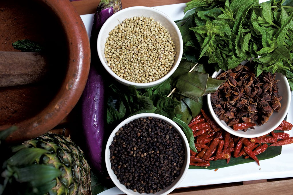 Spices and ingredients - BEN DEFLORIO