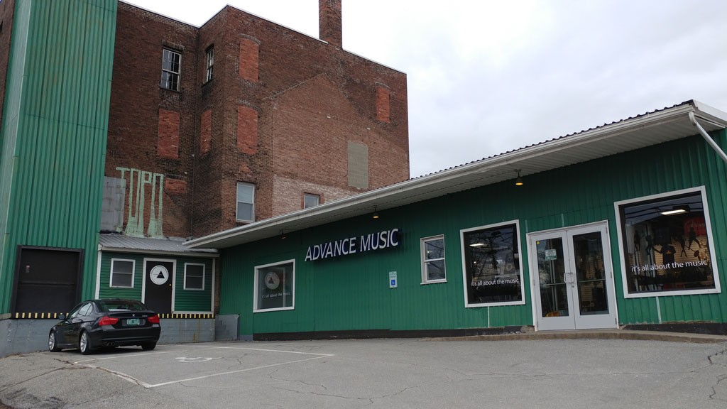 Advance Music in Burlington - JORDAN ADAMS