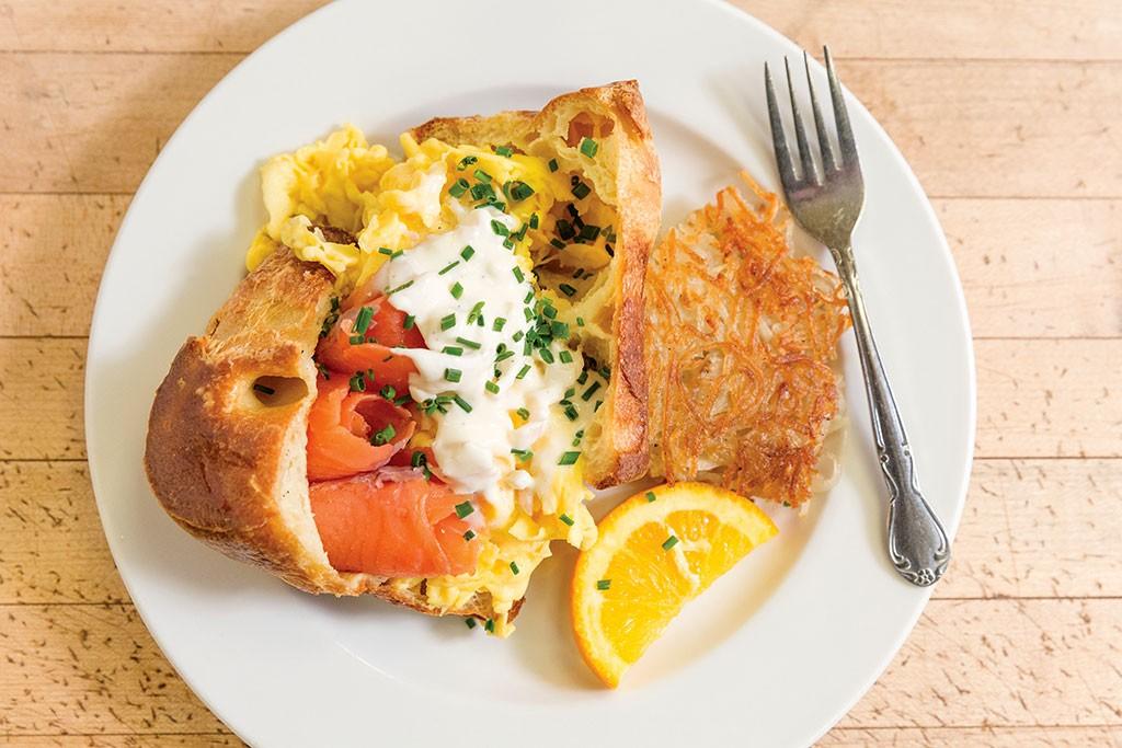 Top 7 Breakfast And Brunch Restaurants In Burlington Winooski Click To Enlarge Mirabelles Caf Eacute Oliver Parini