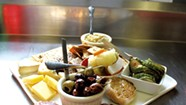 Two Restaurants Reopen in Royalton