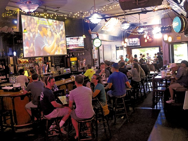Top 7 Sports Bars In The Burlington Area What S Good
