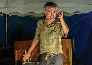 Theater Review: 'An Iliad,' Weston Playhouse