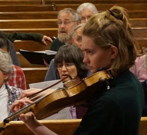 Violinst Romy Munkres with the Middlebury Community Chorus - Uploaded by Jeff Rehbach