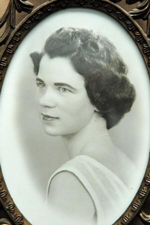 Norah Marie Auer