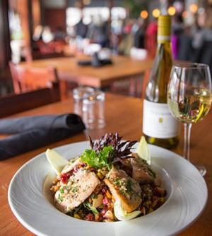 032216---gryphon-restaurant-burlington-vermont---02_1_.jpeg