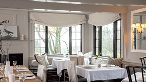 Upscale Restaurant at Edson Hill Opens