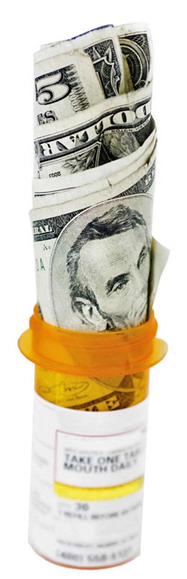 money-prescriptions-dt_6496275.jpg