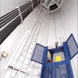 Wind-turbine elevator