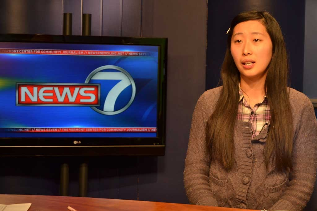 Zhu Xi anchors a practice news update