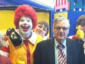 A clown -- and Ronald McDonald! - @REALSHERIFFJOE