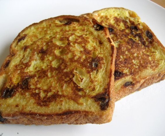 Apple-raisin bread from Andersen Bakery: Makes good French toast. - JONATHAN KAUFFMAN
