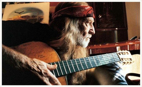 willie_nelson_1_thumb_500x306.jpg