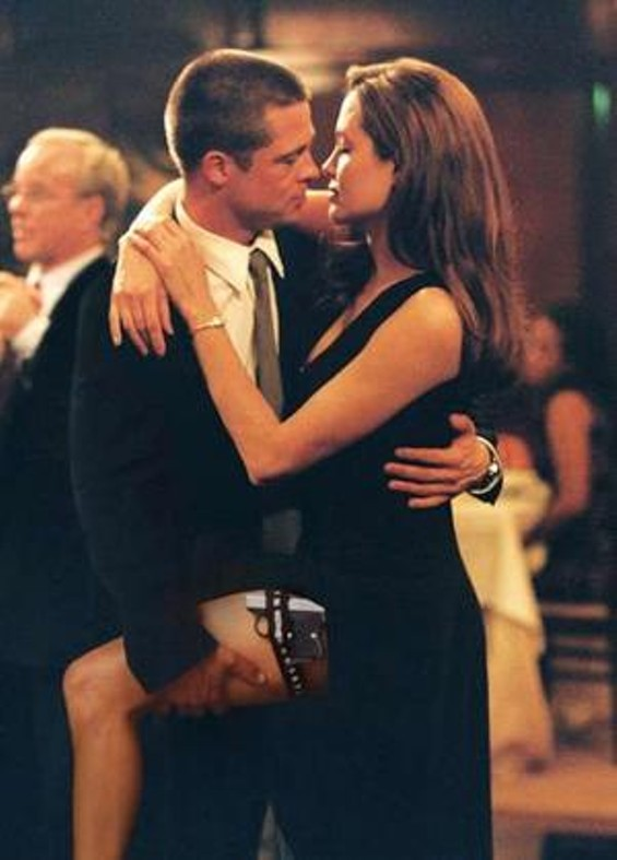 brad_pitt_and_angelina_jolie_in_mr_and_mrs_smith.jpg