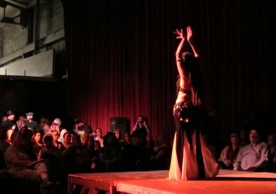 cabaret_dancer.jpg