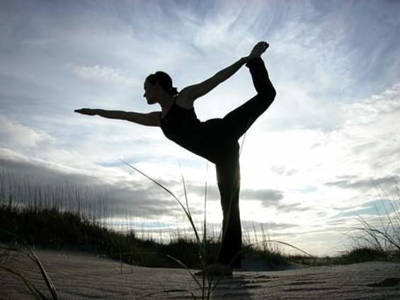 yoga_sil.jpg