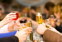 Cheers to good food and great friends - OLGA SAPEGINA/ SHUTTERSTOCK