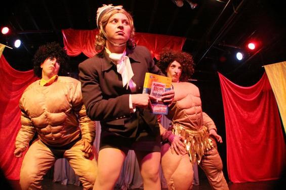 Circus Finelli pumps us up at a previous show. - HANNA QUEVEDO