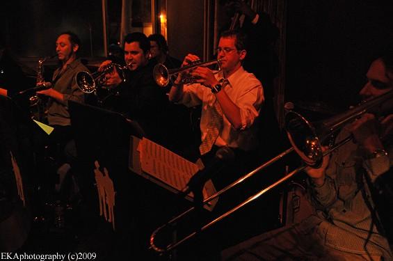 Coda's Intro: Jazz Mafia - EKAPHOTOGRAPHY