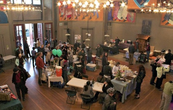 Customers and vendors mingle at a previous New Taste in St. Gregory's. - FLICKR/NEW TASTE MARKET