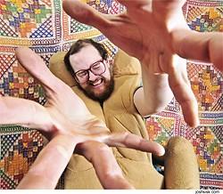 JOSHSISK.COM - Dan Deacon: Give him a big hand.