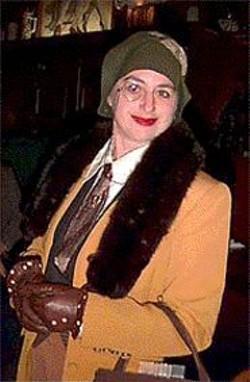 Dandified deco speaker Alice Jurow.