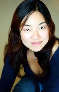JESSICA MARTIN - Desdemona Chiang
