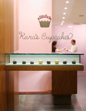 Dessert at Tiffany's: Kara's is as sleek as a jewelry shop. - MONTALBA ARCHITECTS, INC.